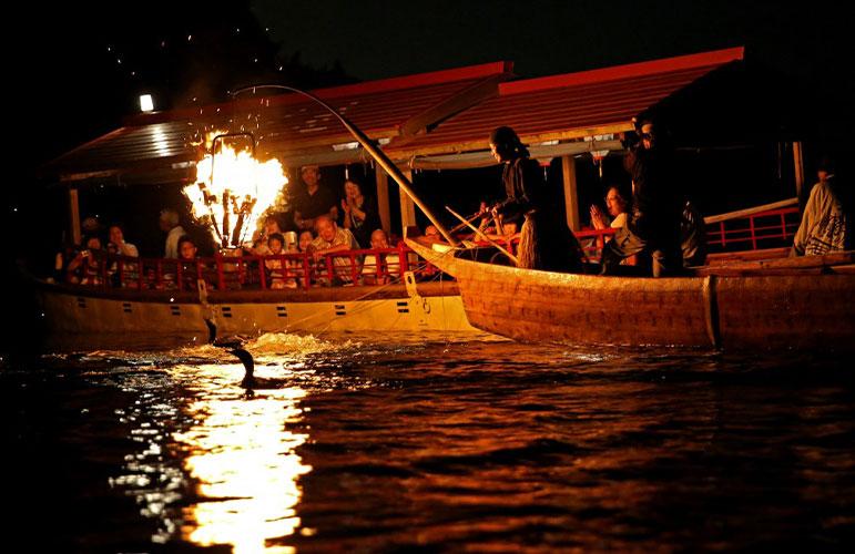 木曾川鸬鹚捕鱼